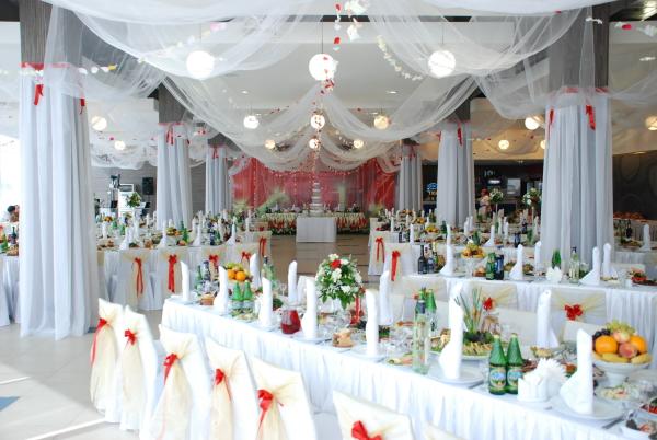 советы по устройству свадебного банкета